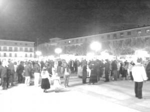 En la plaza despidiendo a la sanidad pública